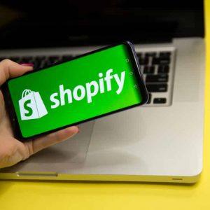 פלטפורמת shopify