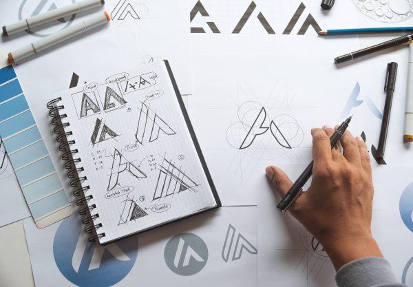 עיצוב לוגו יוקרתי