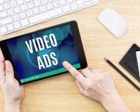 מהו פרסום בוידאו וכיצד הוא יכול לשפר את נראות העסק שלי?